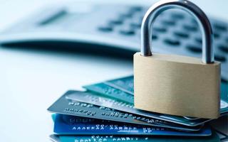 Полис и страхование карты Cбербанка: тарифы и специфика
