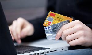 Обналичивание займовых средств – можно ли снимать деньги с кредитной карты?