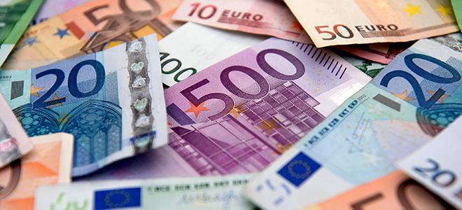 Через что и как положить евро на карту Сбербанка: условия и способы
